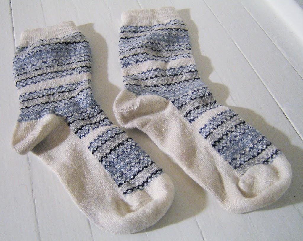 Make a stuffed elephant out of a pair of socks