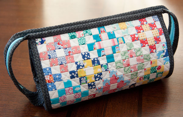 52 zippers #31: Patchwork Sew together bag